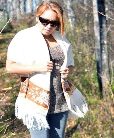 shawl ecuador white